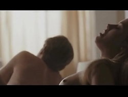 Amber Heard Fully Nude Riding a Chap in Bed - Nude Boobs - The Informers